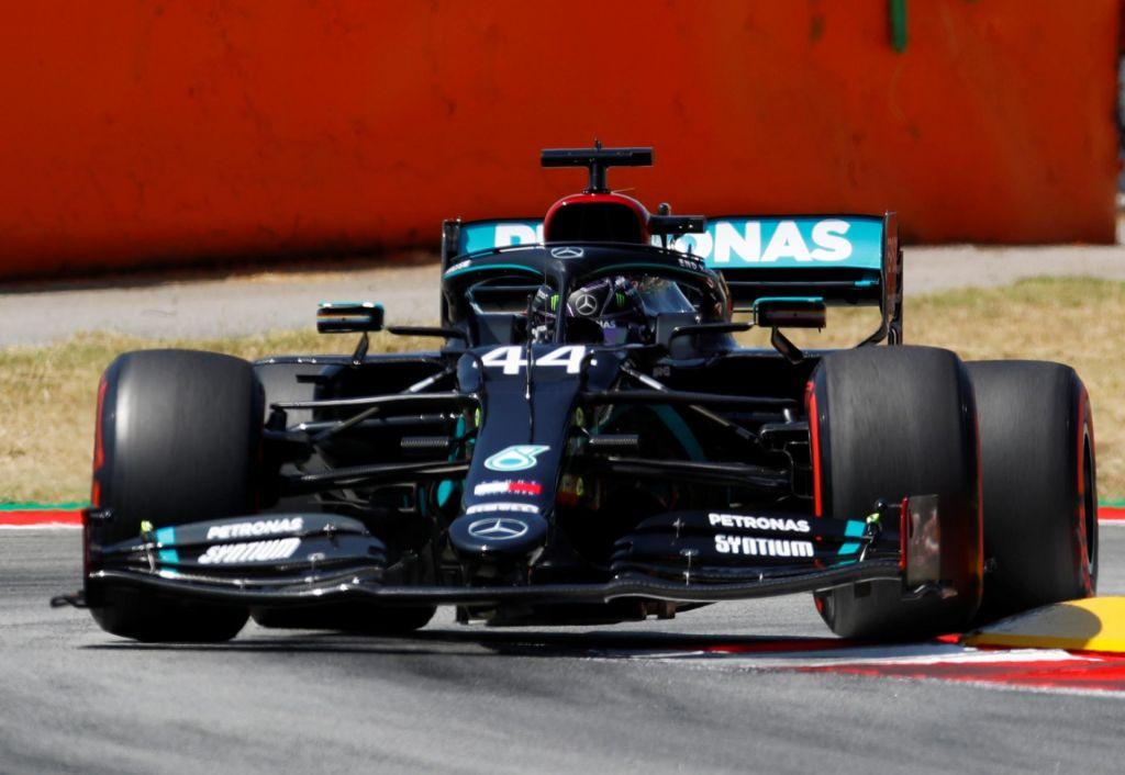 Mercedesa razred zase tudi v kvalifikacijah