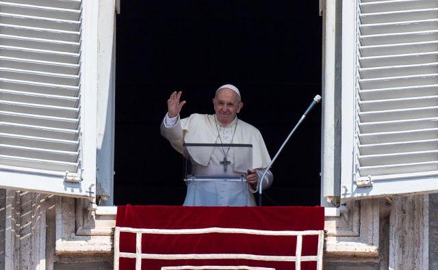 Konec junija je skupina poljskih katolikov pozvala papeža, naj številnih primerov pedofilije reformira poljsko Katoliško cerkev. FOTO: Tiziana Fabi/Afp