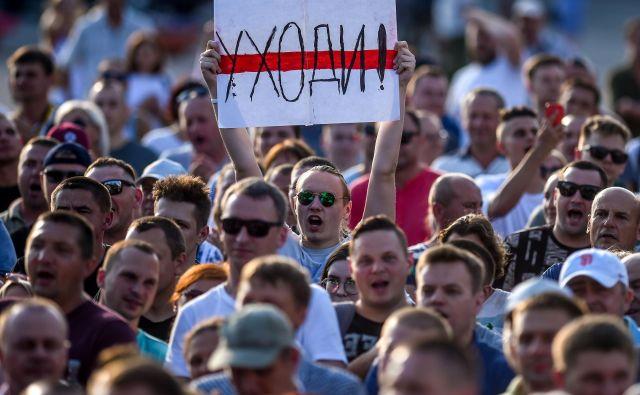 Lukašenku so se uprli tudi »najbolj zvesti« privrženci. Foto Sergej Gapon/AFP