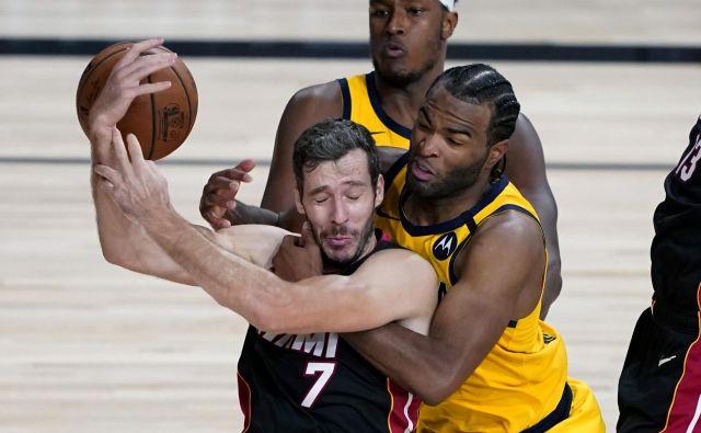 Goran Dragić (z žogo) je bil med najzaslužnejšimi, da je Miami Heat premagal Indiano Pacers. FOTO: Ashley Landis/Usa Today Sports