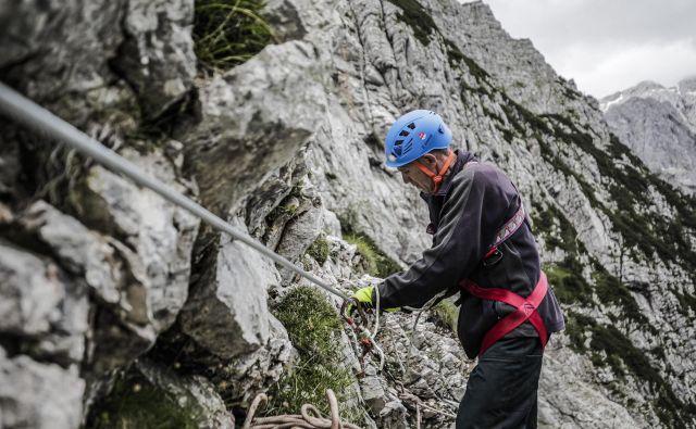 Za optimalno delovanje bi v Sloveniji potrebovali še okrog 250 markacistov.FOTO: PZS