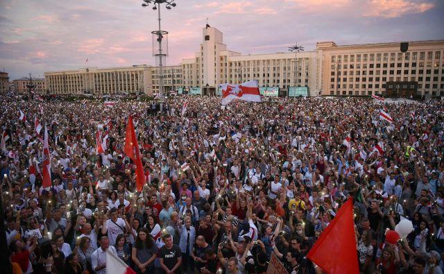 Protesti proti ponovni izvolitvi dolgoletnega predsednika Aleksandra Lukašenka se nadaljujejo. Foto Sergei Gapon/Afp