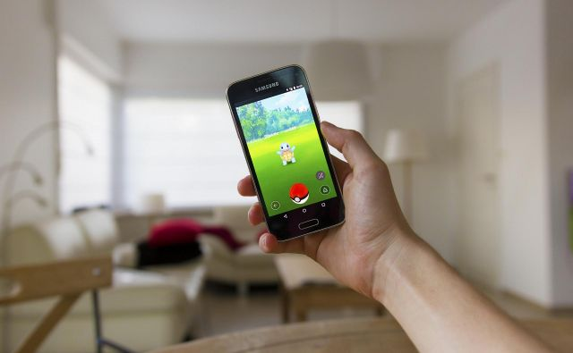 V varnem zavetju doma nam pokemoni krajšajo dneve tudi v času pandemije. FOTO: Shutterstock