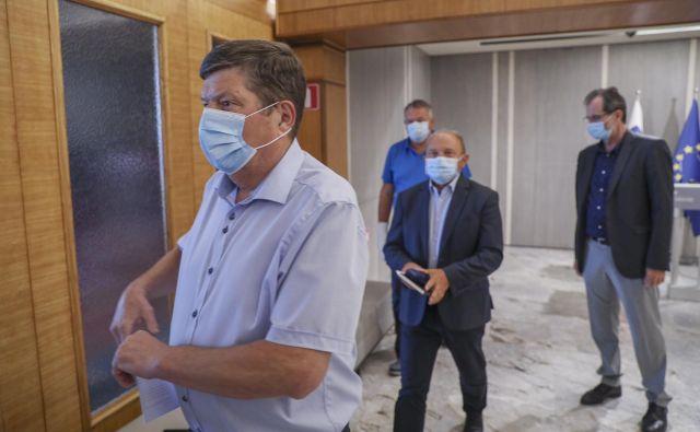 Poslanci Desusa so predsednico stranke pred dnevi pozvali k takojšnjemu in nepreklicnemu odstopu. Njihovemu pozivu Aleksandra Pivec ni ugodila. FOTO: Jože Suhadolnik