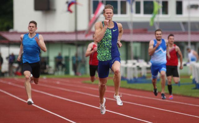 Luka Janežič je bil na atletskem mitingu diamatne lige v Stockholmuj odličen drugi na 400 m. FOTO: Tadej Regent/delo
