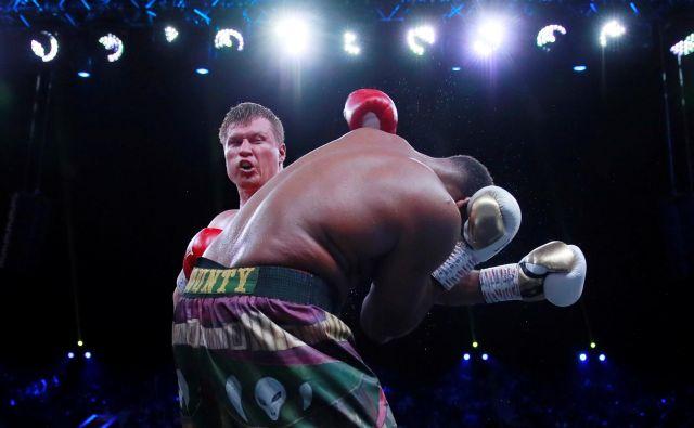 Aleksandr Povjetkin je pokazal, da še ni za staro šaro. FOTO: Andrew Couldridge/Reuters