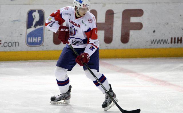 Reprezentančni branilec Miha Štebih se je po pisani karieri na tujem odločil za vrnitev v Slovenijo. FOTO: Tadej Regent/Delo