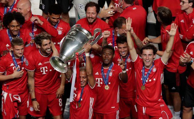 Veselju Bayernovih nogometašev po osvojeni lovoriki lige prvakov ni bilo konca. FOTO: Manu Fernandez/AFP
