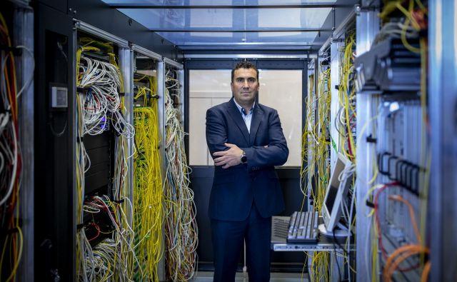 Po naših projekcijah se bo mobilni IKT trg pri razvoju pretežno naslonil na tehnologijo 5G in bo sestavljen iz treh ključnih stebrov: množičnega interneta stvari, kampus omrežij in javne varnosti, pravi član uprave Telekoma Slovenije Matjaž Beričič. FOTO: Voranc Vogel/Delo
