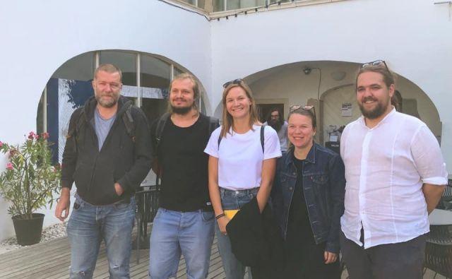 Režiserji, ki bodo sooblikovali prihodnjo sezono: Jernej Lorenci, Žiga Divjak, Maša Pelko, Mateja Kokol in Luka Marcen. FOTO: arhiv PGK