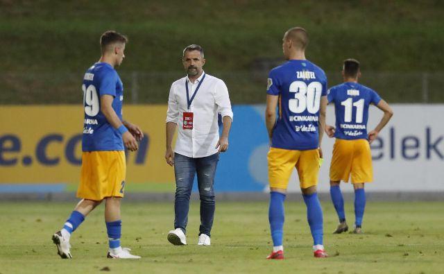Pred Dušanom Kosićem in njegovimi igralci je zdaj nadaljevanje sezone v kvalifikacijah za evropsko ligo.<br /> FOTO: Leon Vidic/Delo