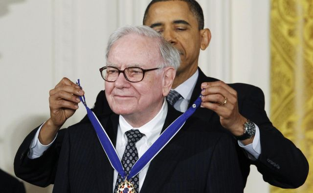Petnajstega februarja 2011 mu je tedanji ameriški predsednik Barack Obama podelil medaljo svobode. FOTO: Kevin Lamarque/Reuters