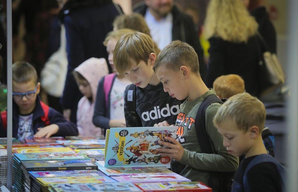 Knjige za mlade čakajo na rebalans