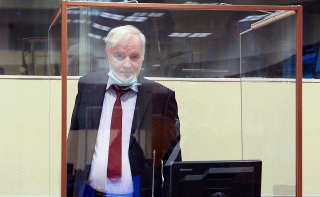 V Haagu se bo v prihodnjih mesecih odločalo, ali bo Ratko Mladić preostanek življenja preživel za zapahi. Foto Leslie Hondebrink-Hermer/Afp