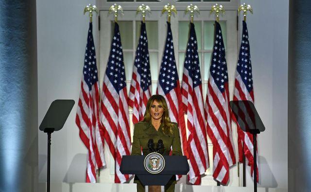 Melania Trump je v nagovoru iz Bele hiše na republikanski konvenciji pozvala k rasni enotnosti. FOTO: Brendan Smialowski/AFP