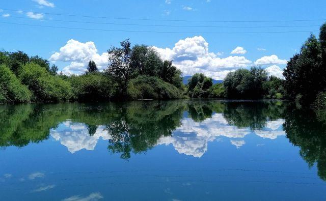 Nebo v reki.FOTO: Polona Ponikvar