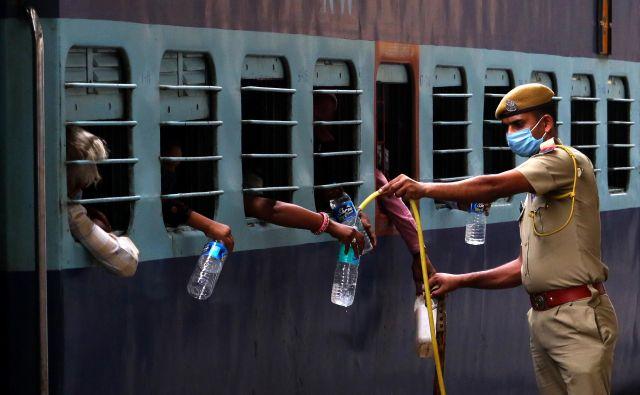 Odločitev o gradnji hidroelektrarne Tri soteske je bila sprejeta brez javne razprave in posvetovanja s stroko. FOTO: Himanshu Sharma/Afp