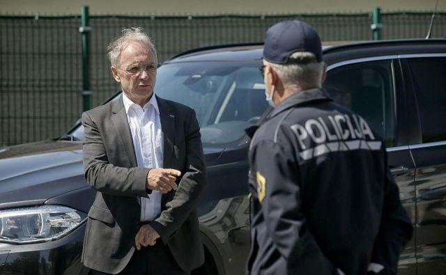 V zadnjem obdobju so odmevale predvsem ministrove usmeritve vršilcu dolžnosti generalnega direktorja policije<strong> </strong>Andreju Juriču, naj odredi nadzor nekaterih odmevnih primerov NPU. FOTO: Blaž Samec/Delo