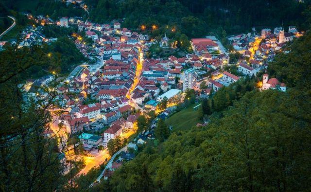 Danes je Tržič drugačen, ne skriva se več, ne stiska se med hribi ... FOTO: visit-trzic.com
