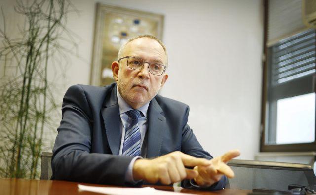 Marjan Pintar: »Združenje že dve leti opozarja, da zdravstvena blagajna ne izpolnjuje z zakonom določenih obveznosti.« FOTO: Leon Vidic/Delo
