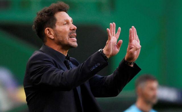 Diego Simeone je na trenerskem stolčku madridskega Atletica že devet let, v tem obdobju pa je za nakupe igralcev Atletico zapravil že skoraj milijardo evrov. FOTO: Lluis Gene/Pool Reuters