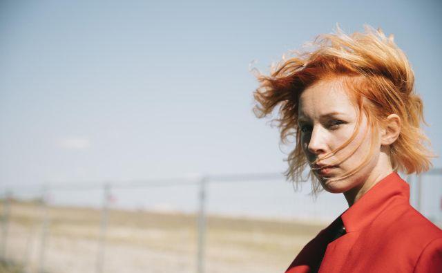 Mira Lu Kovacs, posebna avstrijska glasbenica Foto Ina Aydogan