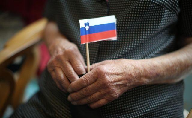 Od države pričakujemo, da pomaga tako starejšim kot mlajšim. Foto: Jure Eržen/Delo