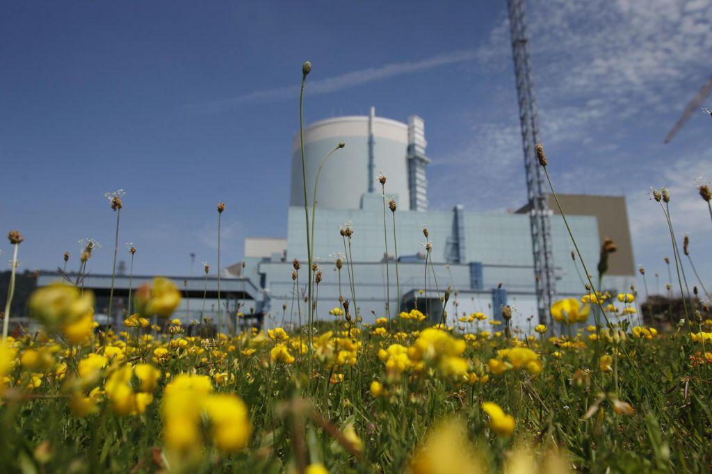 Veter in sonce ali tabletke uranovega dioksida