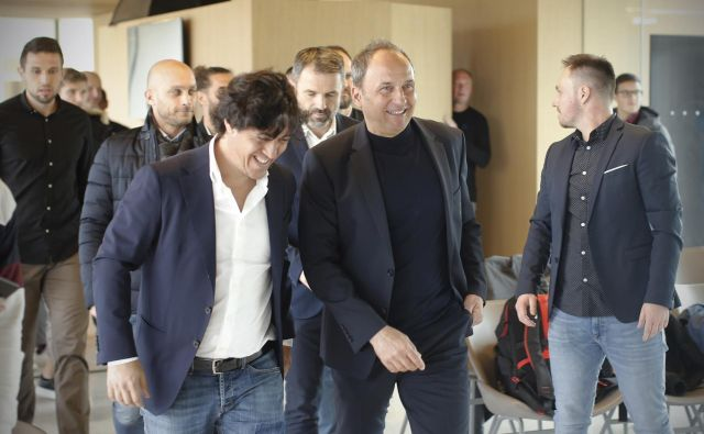 Mauro Camoranesi najbrž ne bo osvojil toliko klubskih lovorik na trenerskem stolčku kot jih je Darko Milanič (desno), lahko pa vzgoji in usposobi boljše slovenske reprezentante. FOTO: Jure Eržen/Delo