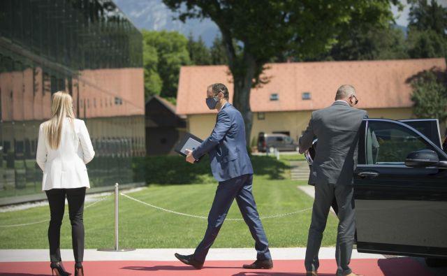 Minister za zunanje zadeve Anže Logar na Brdu pri Kranju gosti letni posvet slovenske diplomacije. FOTO: Jure Eržen/Delo