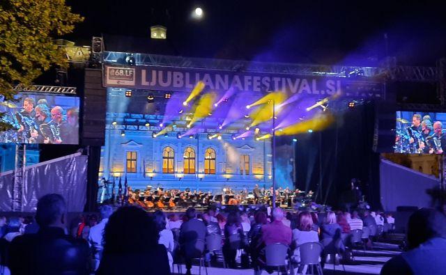 Letošnjo Poletno noč je ogrela glasba ob 75-letnici Big Banda RTV Slovenija. FOTO: Urša Izgoršek