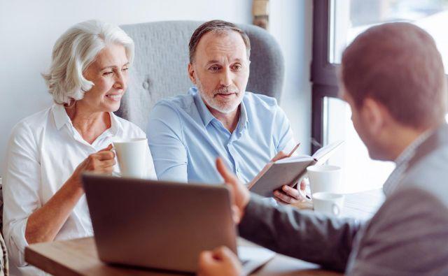 V dodatno pokojninsko zavarovanje so vključeni zlasti starejši od 45 let, mlajši malo. FOTO: Yakobchuk Viacheslav/Shutterstock