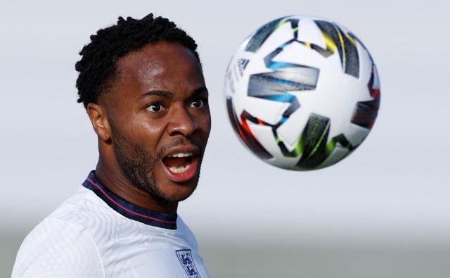 Raheem Sterling je z bele točke zadel zmagoviti gol za Anglijo. FOTO: John Sibley/Reuters