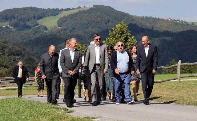 Državni vrh na slovesnosti na Pristavi nad Stično. FOTO: Twitter/Borut Pahor
