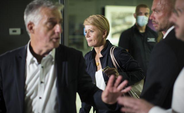 Aleksandra Pivec in Tomaž Gantar po seji sveta stranke DeSUS. FOTO: Jure Eržen/Delo