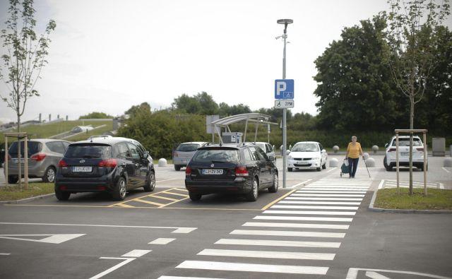 Prečkanje ceste v Gornji Radgoni je bilo usodno za kolesarko. FOTO: Jure Eržen/Delo