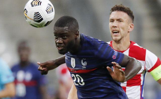 Dayot Upamecano je dosegel zmagviti gol za Francijo. FOTO: Charles Platiau/Reuters