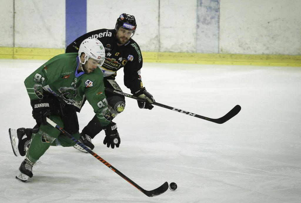 FOTO:Končno tudi hokej na slovenskem športnem pladnju