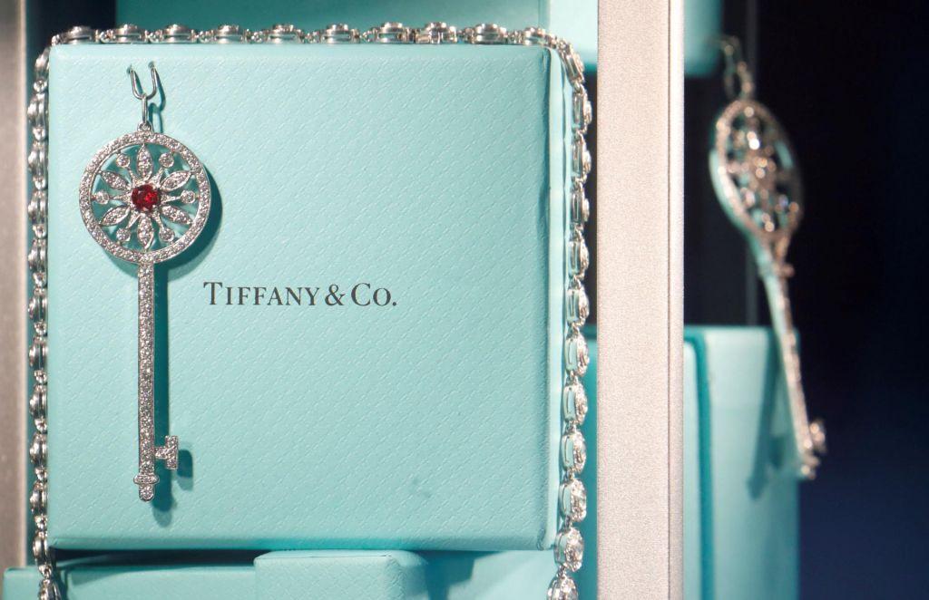 Pri Tiffanyju zagrozili s tožbo LVMH