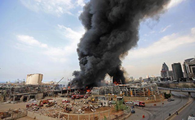 Vzrok požara zaenkrat še ni znan. FOTO: Anwar Amro/AFP