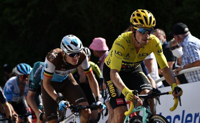 Primož Roglič si v 12. etapi Toura ni mogel privoščiti aktivnega počitka, vendar je nared za vrnitev v gore. FOTO: Marco Bertorello/AFP