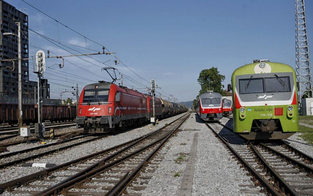 Certifikati tudi za vlake in semaforje