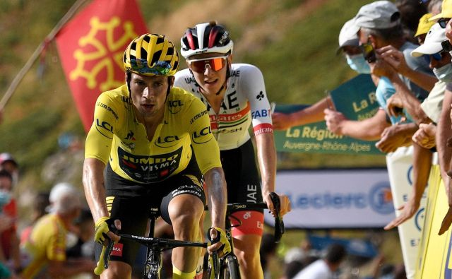 Roglič in Pogačar sta prevzela vodstvo na Touru. FOTO: Anne-Christine Poujoulat/AFP