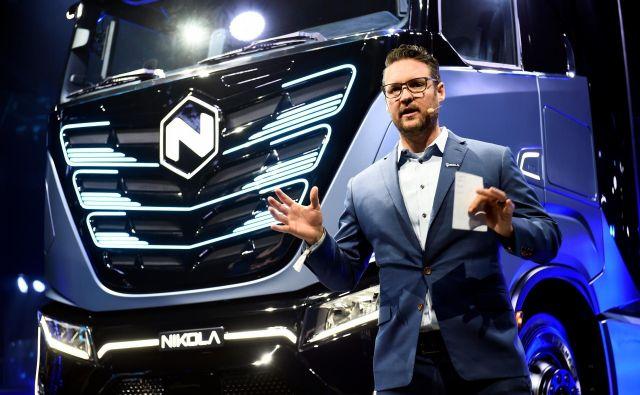 Trevor Milton je prvi mož podjetja Nikola, ki ima velike načrte na področju električnih tovornjakov. Nekateri finančniki so ga nedavno obtožili, da nima osnov za svoje obljube. Foto Massimo Pinca/reuters