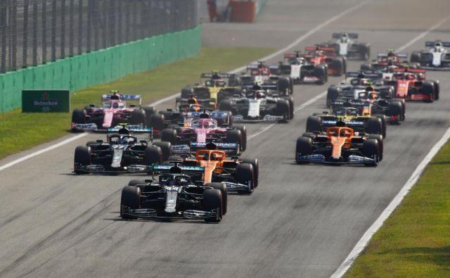 Mercedesa bosta štartala iz prve vrste. FOTO: Reuters