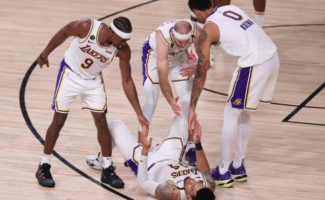 Moštvo Los Angeles Lakers je prvi finalist zahodne konference v ligi NBA. V polfinalu je s 4:1 v zmagah strlo Houston. FOTO: Michael Reaves/AFP