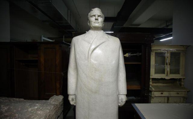 Kip Josipa Broza, varno shranjen v depoju ljubljanskega Mestnega muzeja Foto Uroš Hočevar
