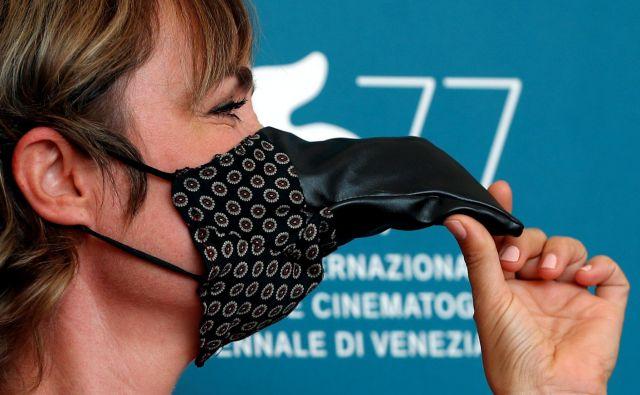 Sklenil se je beneški filmski festival ali – kot se je imenoval pod Mussolinijem – <em>Mednarodna razstava filmske umetnosti</em>, ob katerem so bili občutki precej bolj optimistični. FOTO: Guglielmo Mangiapane/Reuters