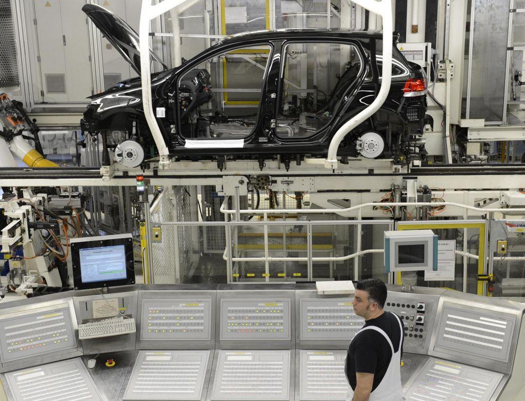 Oživljanje industrije v strahu pred novim poslabšanjem