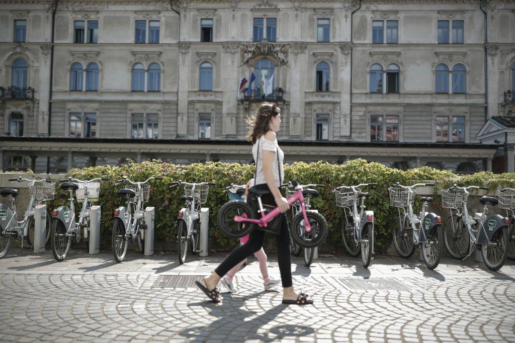 Urbano kolesarjenje in Bicikelj se širita